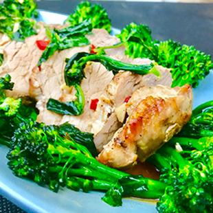 pork-tenderloin-with-broccoli-stir-fried-03
