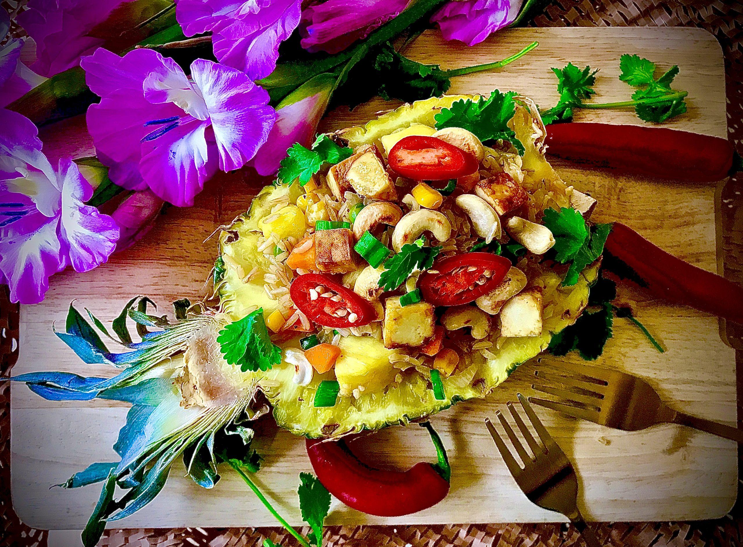 Pineapple Fried Rice (Vegan)